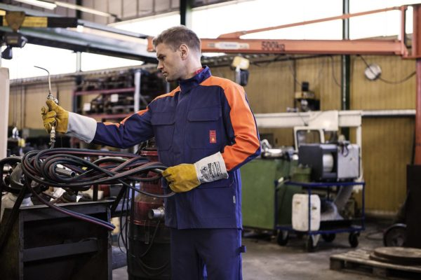 Protective clothing for automotive industry