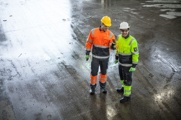 High visiblity workwear for construction